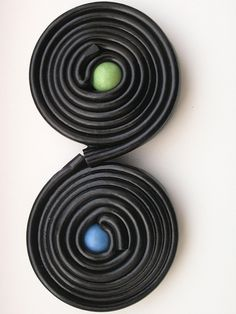 Licorice wheels with a Chewing Gum