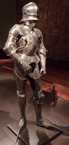 1484 - Vienna, Austria, Kunsthistorisches Museum, A 62, armour for Archduke Sigismund von Tirol, by Lorenz Helmschmid, Augsburg  Front image courtesy of Blaz Berlec, AAF ID, back image from Flickr gallery of Roel Renmans, roelipilami