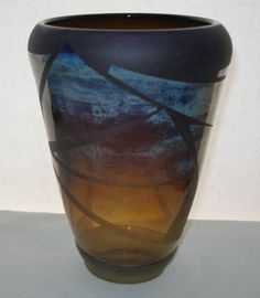NEWCOMB Etched MODERN Designs GLASS VASE Signed 1980 IRIDESCENT Changing Hues