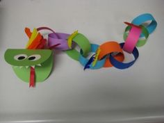 Chinese New Year Dragon Image [Could make patterns with chain, too. Thx from Mrs. A at http://123kindergarten.com]