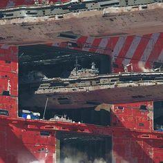 by paulchadeisson Spaceship Art, Spaceship Design, Spaceship Concept, Concept Ships, Robot Concept Art, Futurism Art, Retro Futurism, How To Pixel Art, Dystopian Art