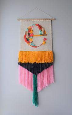 19 Ideas Wall Tapestry Woven Weaving Looms For 2019 Weaving Loom Diy, Weaving Art, Tapestry Weaving, Weaving Wall Hanging, Tapestry Wall Hanging, Loom Board, Initial Wall, Letter Wall, Weaving Projects