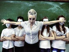 «Σύμβουλος Καθηγητής» & «Δάσκαλος εμπιστοσύνης» ή «αποδιοπομπαίος τράγος»;
