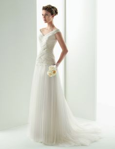 116 UNIS Soft by Rosa Clara 2014 :: pride & prejudice wedding dress
