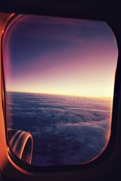 While changing planes in Dallas, Texas, Grant Spanier boarded his flight assuming he would be taking a seat in the window seat he paid for. Upon arriving at his row, he found a woman already . Airplane Window, Airplane View, Beautiful World, Beautiful Places, Travel Around The World, Around The Worlds, Window View, Wonders Of The World, Travel Inspiration