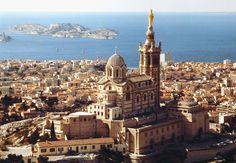 Basilique Notre-Dame-de-la-Garde - Marseille http://www.vogue.fr/voyages/adresses/diaporama/guide-de-marseille-adresses-restaurants-htels-bars/19710/carrousel/1/plein-ecran#guide-de-marseille-adresses-restaurants-htels-bars-9
