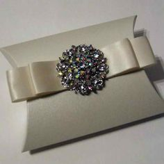 Luxury Crystal Button Wedding Favour Box