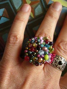 image 0 Crochet Rings, Bead Crochet, Colored Glass, Bunt, Glass Beads, Brooch, Etsy, Macrame, Jewelry