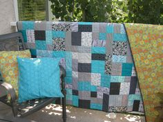 Lala's Lovelys Quilting: 2012 Projects.  Love the color combo & the different rectangle sizes/orientation.