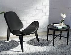 The Lara Side Table in Black Ash is a charming contemporary lightweight piece with a scandi style.  The Lara Side Table with its distinctive and unique base and rounded legs is an elegant addition to any contemporary space. The Lara Side Tables curved edging that defines the square line of the Laras table top, drives the design statement even further to being an astute piece of furniture.  The Lara Side Table would look perfect in any staging with its astute design.