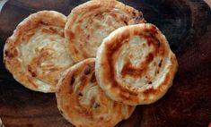 Voici la recette du katana ou pain feuilleté aux oignons que l'on prépare au Kirghizistan. C'est un salut amical à ses habitants avec Cuisiner pour la paix.