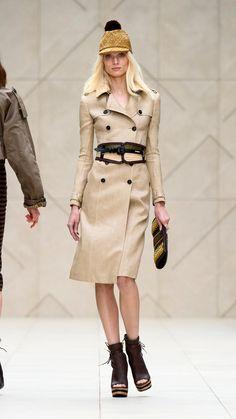 Burberry Prorsum woven raffia trench coat 6