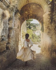 Photo Bretagne, Fantasy Magic, Princess Aesthetic, Jolie Photo, Aesthetic Pictures, Daydream, Character Inspiration, In This Moment, Explore
