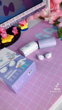 Harajuku Fashion, Kawaii Fashion, Kawaii Games, Pink Tumblr Aesthetic, Kawaii Phone Case, Hello Kitty My Melody, Otaku Room, Black Pink Songs, Anime Wolf Girl