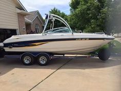2001 Chaparral 216SSI for sale by owner on Calling All Boats http://www.caboats.com/used-boats/9367.htm#