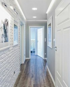 85 Scandinavian Interior Design Ideas - Home Decorations Trend 2019 Flur Design, Plafond Design, Style At Home, Hallway Decorating, Interior Decorating, White Brick Walls, Gray Walls, Design Case, Ceiling Design