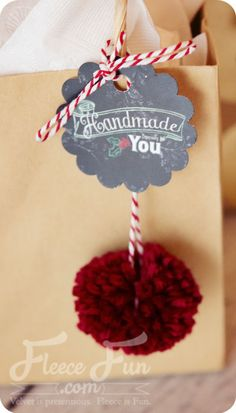Free mini holiday tags printable (handmade especially for you) ♥ Fleece Fun
