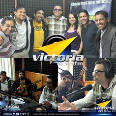 Ayer estuvo de visita en #LaTertulia el locutor, periodista y humorista Elvis Vílchez quien compartió con los #contertulios una divertida jornada de domingo. ¡Bienvenido siempre a #Victoria1039FM!