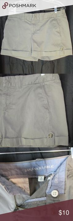 """Banana Republic Weekend Short 10 Tabbed Cuff Banana Republic Weekend Short  98% Cotton 2% Spandex, machine wash.   Flat front, button/zip fly. Mid Rise. Front slash pockets, back welt pockets. Rolled/cuffed hem with button tab.  Very good previously owned condition, no rips/stains or tears. Edge lightening/wear on some seam edge.  Marked Size 10  Waist 36""""  Hips (at bottom zipper) 42"""" Inseam 4.5"""" Rise Front 9"""" Banana Republic Shorts"""
