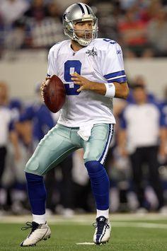 Dallas Cowboys Quotes, Dallas Cowboys Football, Football Team, Football Helmets, Tony Romo, Nfl, Chicano, Sports, Football Squads