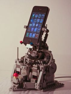 This iPhone holder is pretty cool, and also very practical!