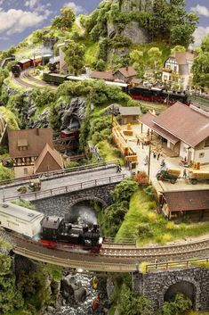 For some people, collecting toy trains isn't just another hobby or interest; The concept of collecting toy trains has been around for centuries. Nearly everyone has some type of connection to toy trains, whether it Train Ho, Ho Train Layouts, Ho Scale Train Layout, Escala Ho, Train Miniature, N Scale Model Trains, Ho Trains, Train Tracks, Model Building