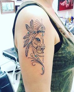 25 AMAZING tattoos for those who are Leo tatoo feminina - tattoo feminina delicada - tattoo feminina Arm Tattoo, Tattoo Diy, Full Tattoo, Tattoo Fonts, Sleeve Tattoos, Spinal Tattoo, Tattoo Quotes, Leo Tattoos, Couple Tattoos