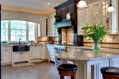 Traditional Kitchen Photos Cornice Board Construction Design, Pictures, Remodel, Decor and Ideas - page 4