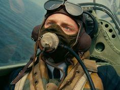 Director Christopher Nolan explains how he and cinematographer Hoyte van Hoytema shot the stunning air battles in best-picture nominee 'Dunkirk. Jack Lowden Dunkirk, Dunkirk Movie, Matrix Film, Film Blade Runner, Foreign Movies, Film Inspiration, Battle Of Britain, Blu Ray, Christopher Nolan