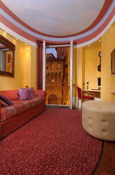 Suite Ovale salotto