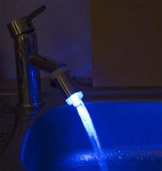 Weltneuheit #LED  #Wasserhahn  Aufsatz Blaues Licht mit Adapter Neu Topseller!! Passend für alle gängige Wasserhähne