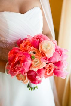 Spring wedding bouquet idea - bright bouquet with peonies, ranunculuses and roses {Candace Jeffery Photography} Wedding Flower Photos, Rustic Wedding Flowers, Floral Wedding, Wedding Colors, Peony Flower Arrangements, Flower Centerpieces, Spring Wedding Bouquets, Flower Bouquet Wedding, Spring Weddings