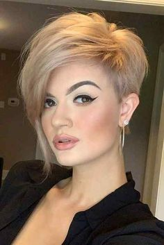 Latest Pixie Haircuts For Beautiful Women's - Haircuts And Hairstyles 2020 #hair #hairs #hairstyles #haircut #haircare #haircolor #hairfashion  #hairstylesforshorthair #fashion #fashionista #fashionideas  #fashiontrends  #braids #braidedhairstyles #shorthairstyles #shortbobhairstyles #shorthaircut #longhair #pixiehaircut #pixiehairstyles #pixiehaircutforblackwomen #pixie #haircutforroundfaces #pixiehaircutforthickhair #pixiehairstylesforolderwomen #pixiehaircutfine #pixiebobhaircut