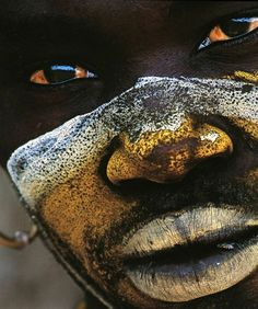 New photography portrait eyes culture ideas We Are The World, People Around The World, African Beauty, African Art, Tribal African, African Tribes, African Fashion, Tribal Face, Out Of Africa