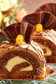 dailydelicious: Roulade Chocolat au Cointreau: There's an orange hiding in this cake!!