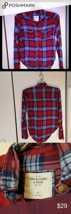 ABERCROMBIE & FITCH // flannel So so so soft. Abercrombie & Fitch Tops Button Down Shirts
