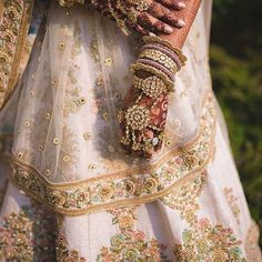 Bridal beauty to die for . Love the floral Lehenga and the Kundan jewellery . : Wedding Day Wedding Planner Your Big Day Weddings Wedding Dresses Wedding bells Floral Lehenga, Red Lehenga, Bridal Lehenga, Lehenga Choli, Jacket Lehenga, Bridal Chura, Bridal Looks, Bridal Style, Bridal Beauty