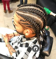 La Trenceria Del Flow® Image may contain: one or more people Braids For Boys, Braids For Short Hair, Male Braids, Box Braids Hairstyles, Hair Men Style, Men Hair, Braid Styles For Men, Little Boy Hairstyles, Curly Hair Styles