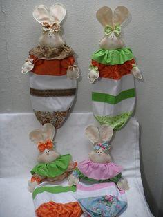 Puxa sacos coelhas by Angela Cherem Atelier, via Flickr