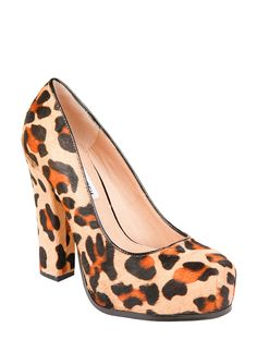 Steve Madden Sarina-L. Who doesn't love a pop of leopard print?!