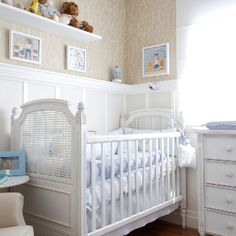 Quarto de bebe , papel de parede, ursos , berço . Guidugli Design