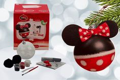 Mickey or Minnie Mouse Create Your Own Christmas Baubles deal in Art Get personalised Mickey or Minnie Mouse Christmas baubles!  Set contains six or 12 baubles.  Three different colours of paint.  Super sparkly glitter glue!  Pompom balls, string and bows!  Great for Christmas activities! BUY NOW for just £6.99