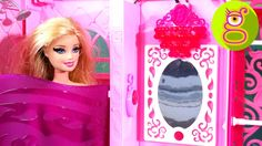 Barbie se ducha y ¿comerá Ken la tarta con el hechizo de amor? - Capítulo 28