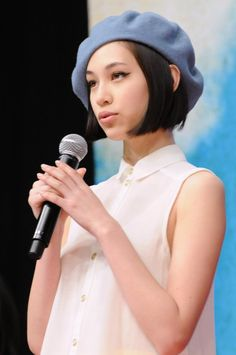 水原 希子(Kiko Mizuhara) http://3.bp.blogspot.com/-WoxFkuTPrPI/UAlvuuxjZ6I/AAAAAAAALik/fNJev4Lxzw0/s1600/news_large_DSA_0243.jpg