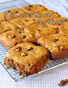 Newfoundland Molasses Raisin Tea Buns - Rock Recipes -The Best Food & Photos from my St. Molasses Recipes, Raisin Recipes, Baking Recipes, Cookie Recipes, Dessert Recipes, Desserts, Baking Pan, Baking Soda, Newfoundland Recipes