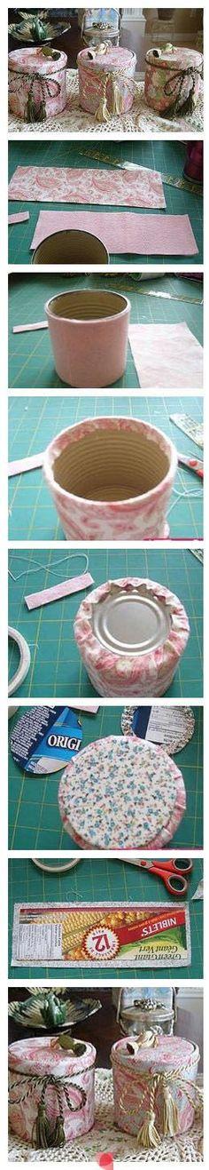 Tutorial para decorar latas forrándolas con tela y adornos.