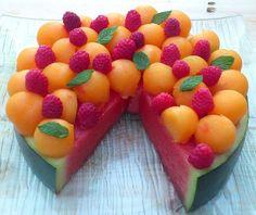 La recette: Tarte pastèque au melon et aux framboises. © DR