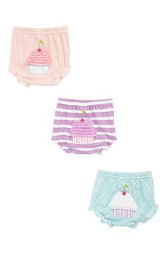 These pastel cupcake bloomers are so adorable.