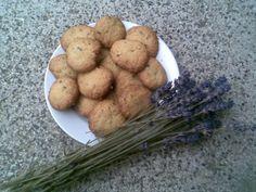 Levandulové sušenky Vegetables, Cookies, Food, Crack Crackers, Veggies, Biscuits, Vegetable Recipes, Cookie Recipes, Meals