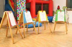 Salon de fiestas infantiles Kids Hair Salon, Preschool Rooms, Education Architecture, Kids Play Area, Kids Zone, School Decorations, Spa Party, Family Games, Happy Kids